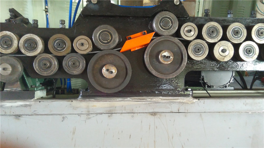 Mesin bending sengkang otomatis